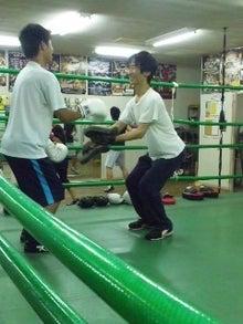18鴻巣ボクシングジム-110723_1957~01.jpg