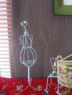 Cloth and handmade life+++My shelf     ・・・布と手作りの生活+++-20050414