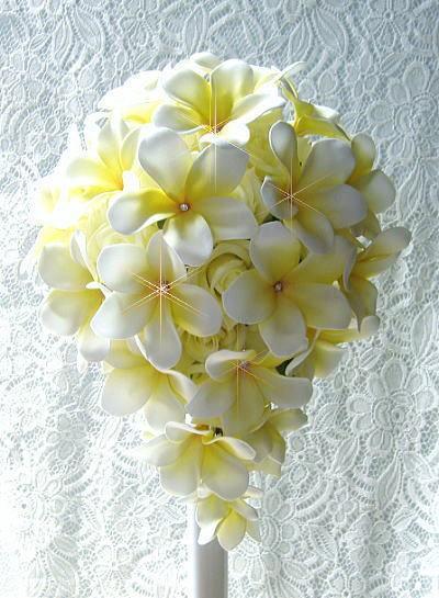 花嫁のブーケ-プルメリアのクリスタルホワイトC075