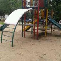 団地の公園で・・・