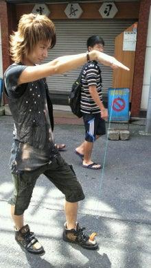 歌舞伎町ホストクラブ ALL 2部:街道カイトの『ホスト街道を豪快に突き進む男』-2011082813170001.jpg