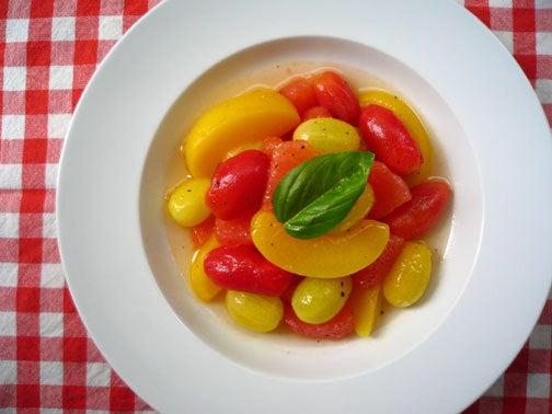 ひよこ食堂-トマトとフルーツのマリネ風サラダ02