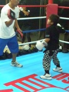 18鴻巣ボクシングジム-110830_1949~01.jpg