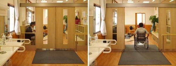 新宿御苑前 403新宿ギャラリースタッフ日記-電気の要らない自動ドア。デイサービス