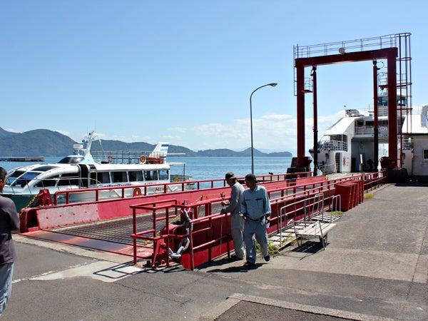 フェリーロザリオにて長島諸浦港から獅子島片側港へ 水戸岡鋭治