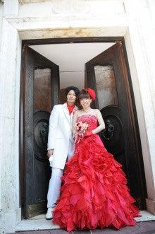$ブライダル装花専門店AZUR-お色直しのドレス