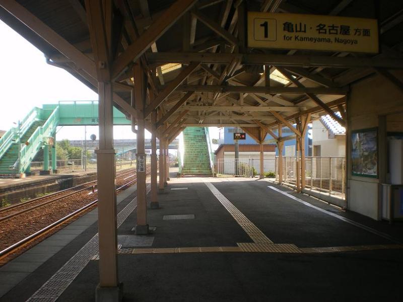 JR紀勢本線・高茶屋駅 | 駅兄の...