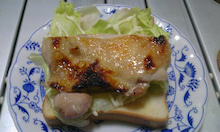 $智信の部屋-グリルチキンのサンドイッチ