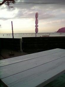kokoroのブログ-白いベンチ♪