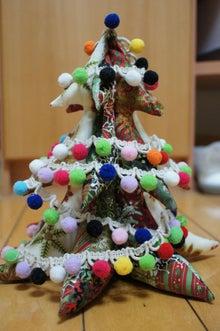 針糸の箱  パッチワークキルト -クリスマスツリー
