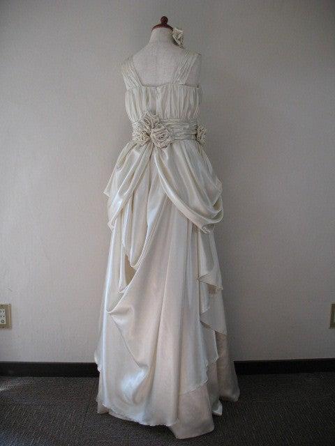 おばさんのステンドグラスとドレス制作日記