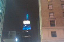 N.Y.に恋して☆-Empire state building on Dec 25, 2011