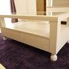 センターテーブルをオーダー家具で。の画像
