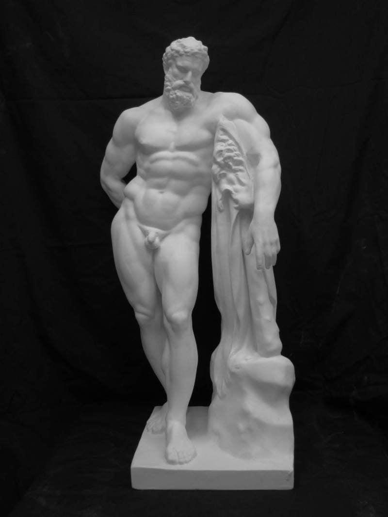 きょうの石膏像     by Gee