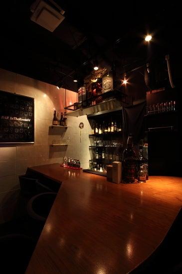 $銀座ショットバー「夜銀おやじの不動産、建築、だいたいお酒?」bar intheroom84