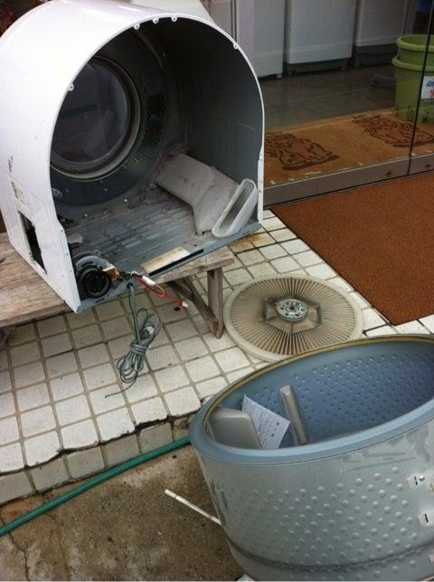 衣類乾燥機の修理です! | 沖縄大謝名俺日記