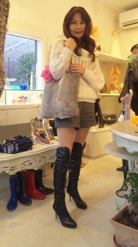 熟女ブーツ画像 このポーズ | ロングブーツBBS | 1890 | スカートとブーツ ...