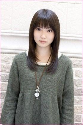 髪のアクセサリーが素敵な志田未来さん