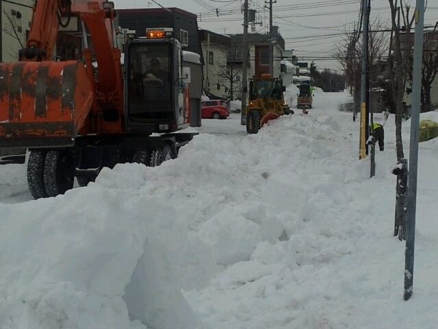 歩き人ふみの徒歩世界旅行 日本・台湾編-除雪作業1