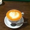 カフェでホッと一息の画像