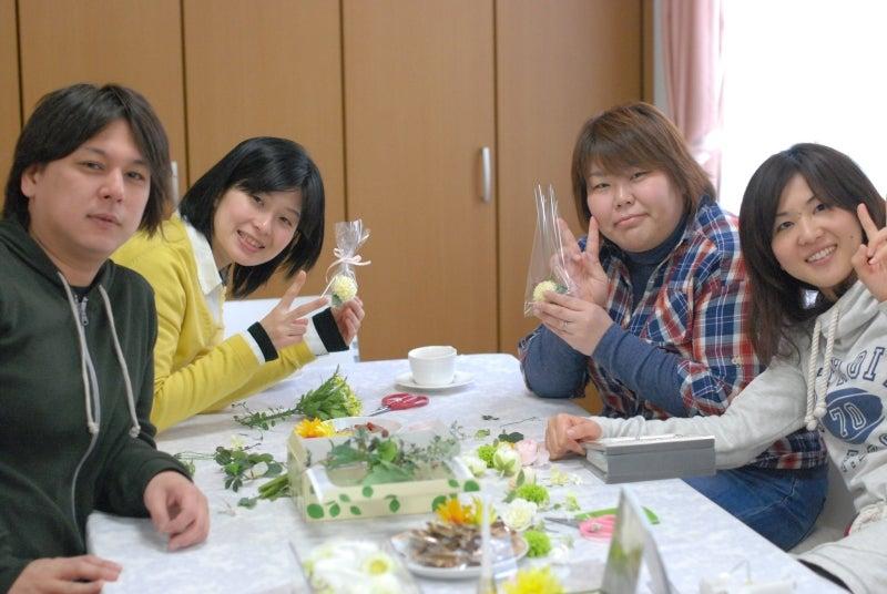 Cinq flora サンクフローラのブログ☆花と暮らす悦びをあなたにも-4人