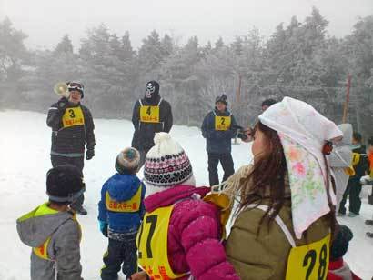 グッとファーザー@愛媛松山の子育て支援、父親支援、母親支援や地域活性化に挑む父親・独身男性中心の市民グループのブログ-gfグッろファーザー雪合戦in石鎚スキー場