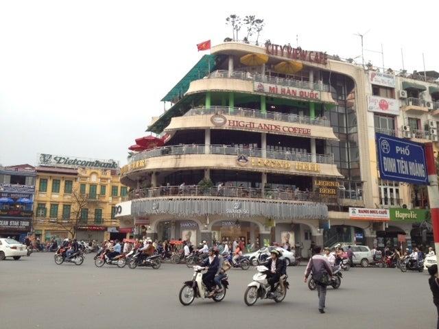 $海外で働く in アジア-ハノイ中心街