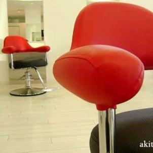 座りずらい椅子の美容室って・・の画像