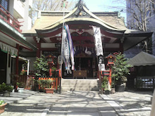 いつの日も神社、時々たこ焼き。-2012040812470000.jpg