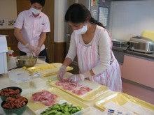 グループホームじゅうじょうの憩のブログ-4.12弁当準備