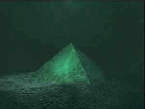 魔の三角地帯、バミューダー海峡下のガラスのピラミッド