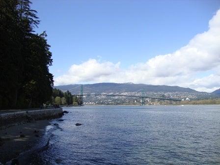 i Canada☆ベテランカウンセラーのいるバンクーバー無料現地留学エージェントのブログ-Apr 17'12 i Canada