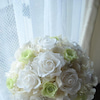 ●真っ白×黄緑色のウェディング用ラウンドブーケ 大阪府の花嫁様への画像