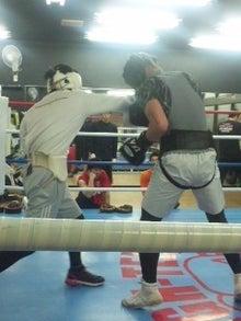 18鴻巣ボクシングジム-120428_2032~01.jpg