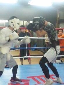 18鴻巣ボクシングジム-120428_2022~06.jpg