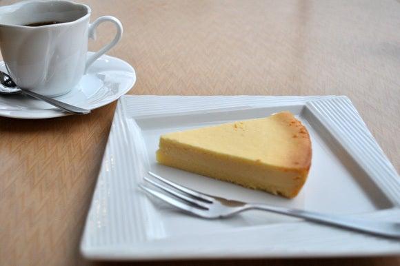 茶々吉とデジ一 のんびり旅-120430_チーズケーキ