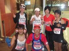 サルコスチュームランナーYoshiが北米マラソンを走る