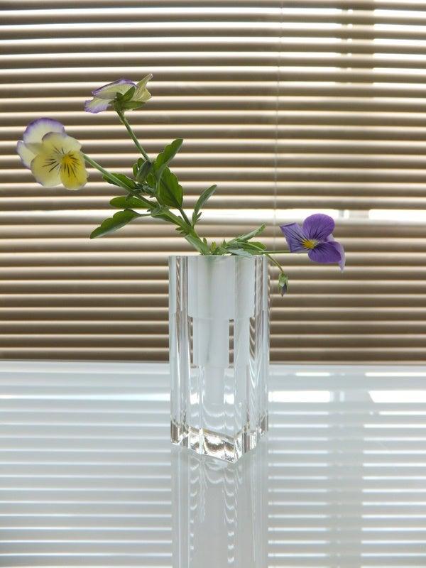 石英ガラスの香立て・一輪挿しとしても素敵使い方