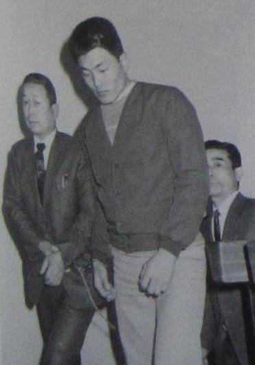 連合赤軍事件スクラップブック (あさま山荘事件、リンチ殺人事件、新聞記事)1972年1月11日~14日 活動の中に潜む次なる犠牲者の伏線