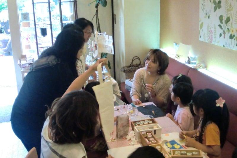 大阪東住吉区カフェ 美味しいランチとスイーツが楽しめるお洒落カフェライチ-アクセサリー