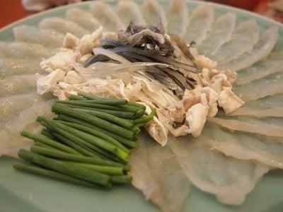 $飲食店、ご家庭で、ふぐの調理・料理のアドバイスをする、ふぐ料理研究家 山田