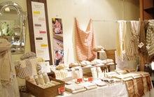 *カンボジアの綿クロマーと赤ちゃん帽子のお店*-Tau mock tiet展示会