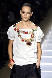Freja-Louis Vuitton ss06 9