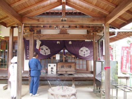 秋田犬カイの日常-大興寺3