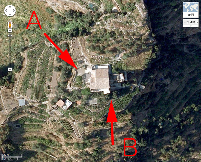 【彼女の恋した南イタリア】 - diario  イタリアリゾート最新情報    -プライアーノの修道院 目線