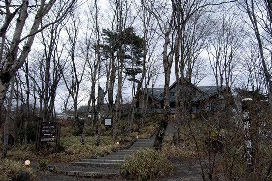 LPE.建築studioのCOLUMN-toho10-1