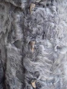 大木毛皮店工場長の毛皮修理リフォーム-オーダー毛皮コート