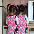 保育園での双子の見分…