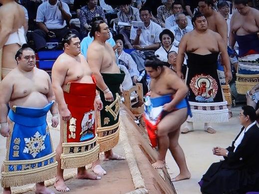 アモーレ番長  男泣かせブログ-お相撲 夏場所 19
