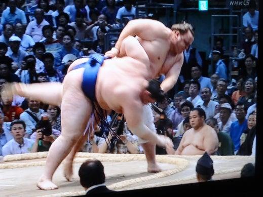 アモーレ番長  男泣かせブログ-お相撲 夏場所 37